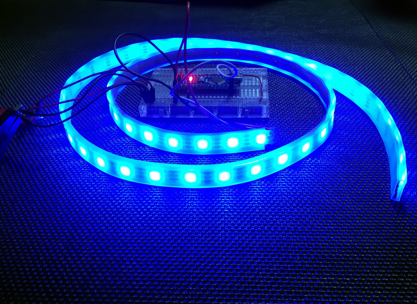 LibStock - Flexible Neopixel (WS2812B) Strip Demo with AVR