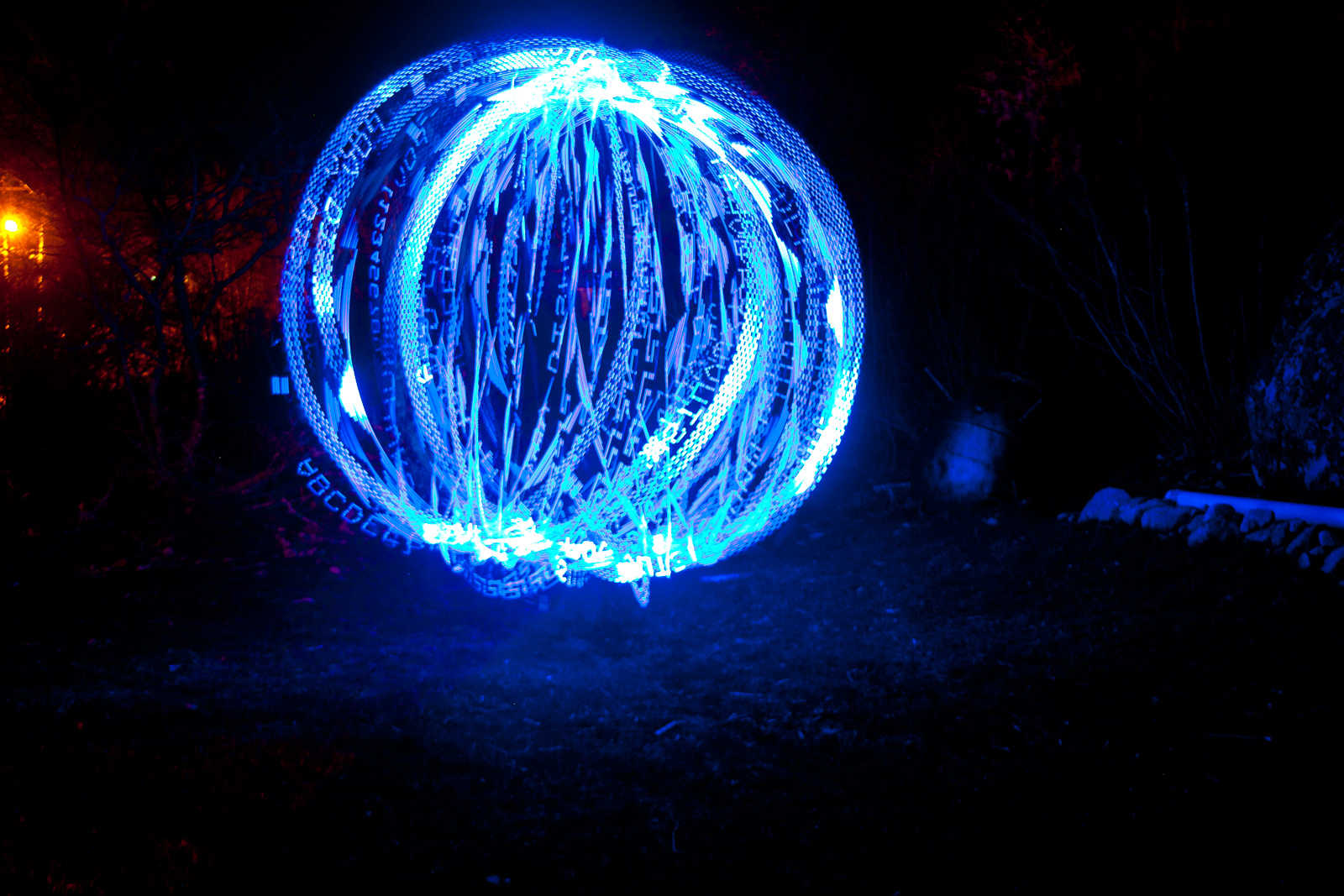 Action Beads Spinning Light Ball 16